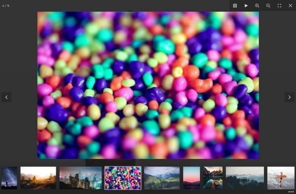 React Fullscreen Lightbox Pro